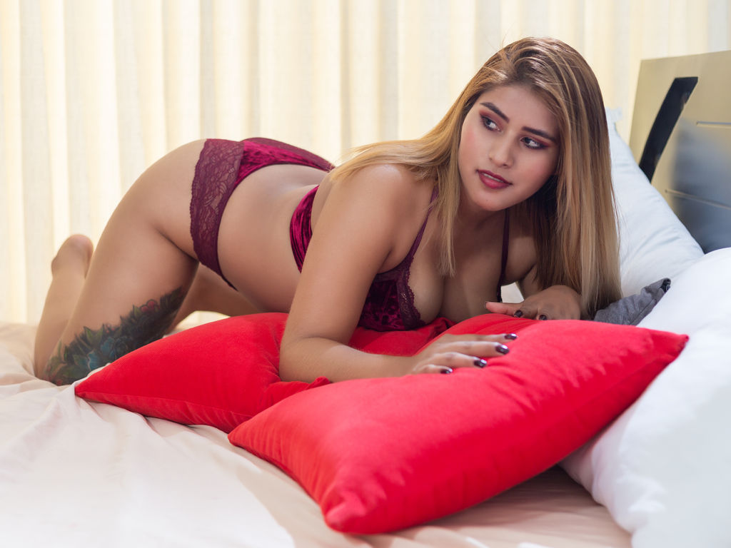 antonellabella web cam sex