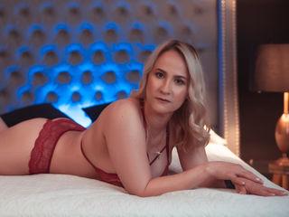 SaraDies Porn Show