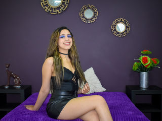 Webcam model MartinaOwen from Web Night Cam