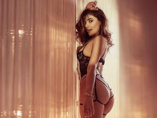 Sexy profile pic of SophiaRevel