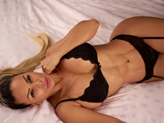 Webcam model AngelinaMore from Web Night Cam