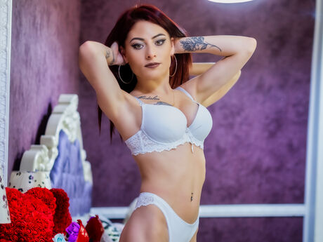 Chat with MadisonColby