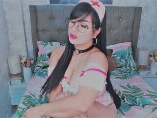 I Am Named SayurieLee And I'm A Camming Lovely Bimbo, I Have Black Hair, My Age Is 28 Yrs Old