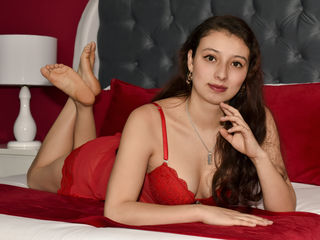 Webcam model TiaraWill from Web Night Cam