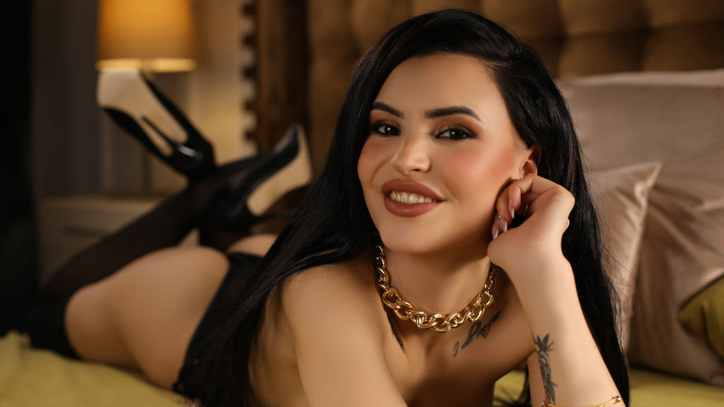 Watch the sexy MelanieNolan from LiveJasmin at GirlsOfJasmin