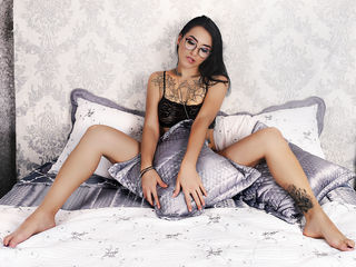 Webcam model VeraFoster from Web Night Cam