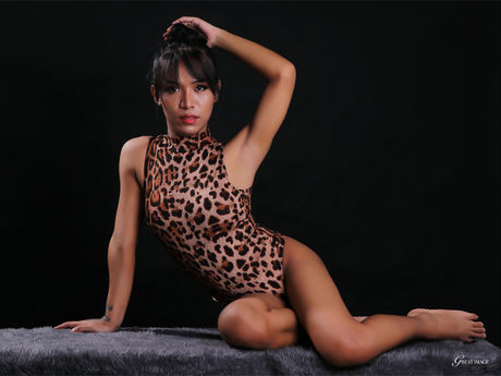 Chat with LexyReyes