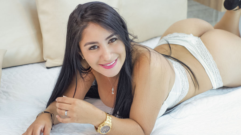 MarianaJoness webcam show
