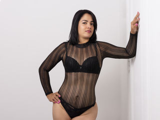 Webcam model SharonFalcon from Web Night Cam