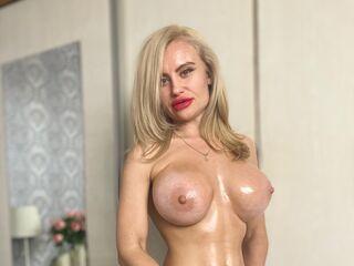 Sexy profile pic of JulianeMorris